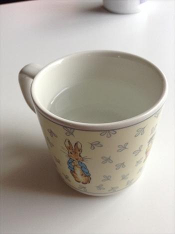 カップに入った白湯の画像1