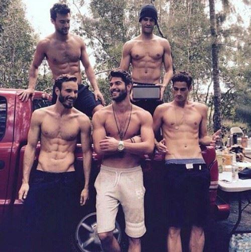 5人のイケメン男性達