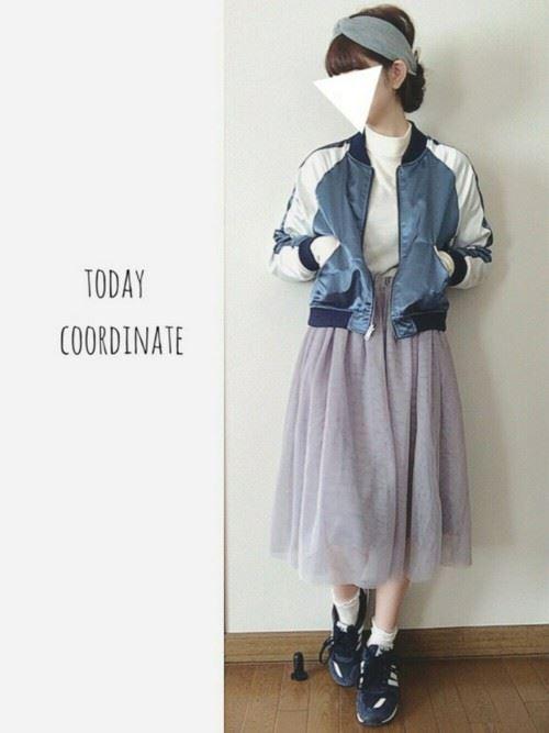 グレー・パープルのチュールスカートを使った春夏コーデ画像3