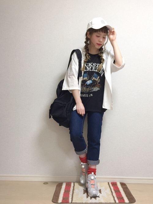 Reebokインスタポンプフューリーをパンツで着こなした春夏コーディネート画像8