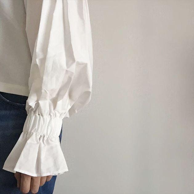 ZARAの盛り袖ブラウスの袖口画像