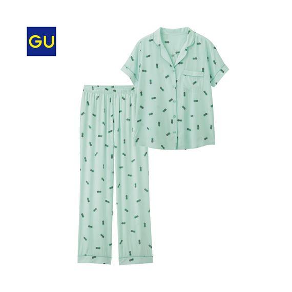 GU「パジャマ(パイナップル・半袖)」