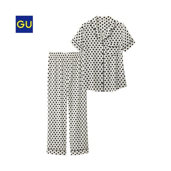 GU「パジャマ(ドット・半袖)」