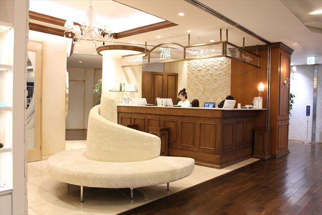 青山・表参道エリアの人気美容室ZACC(ザック)のエントランス画像