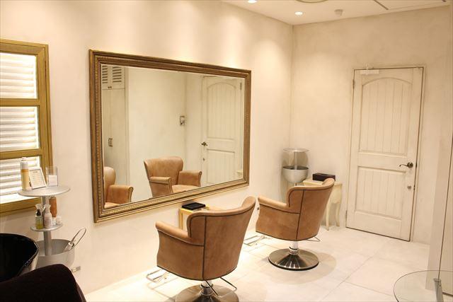 美容室ZACC「calm」の店内風景画像