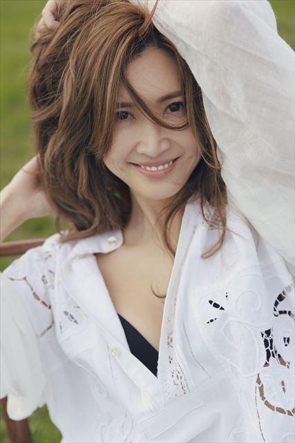 セルノートイメージモデルの紗栄子さんの画像2