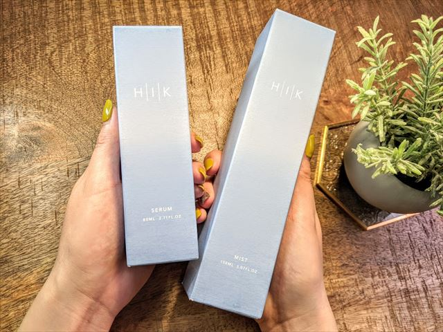 HIK(ヒク)の美容液と化粧水のパッケージ画像